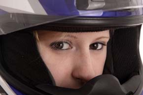 Bij een reguliere motoropleding volg je 1 a 2 keer per week motorrijles