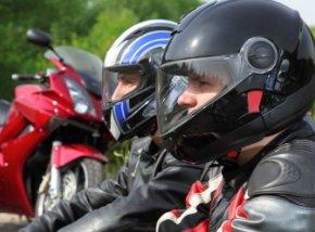 motorrijles neem je bij een goede motorrijschool